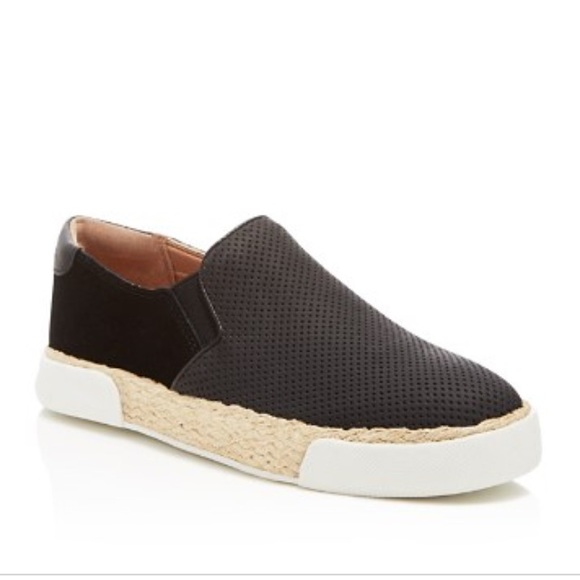 cee5586ff87ccd  Sam Edelman  Banks Perforated Slip-on Sneaker